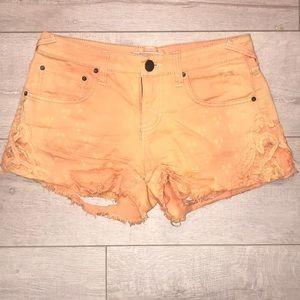 Free people sorbet super distressed jean shorts 25